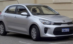 2018 Kia Rio: Efficient and Spacious Compact City Ride